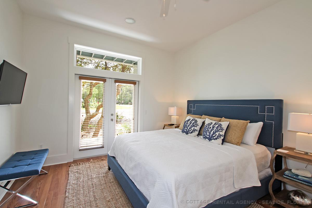 seagrove hindu personals Skinny dip condo is located in the popular beachwood villas complex right in the heart of seagrove on scenic highway 30a the complex is at the corner of 30a and somerset bridge road.